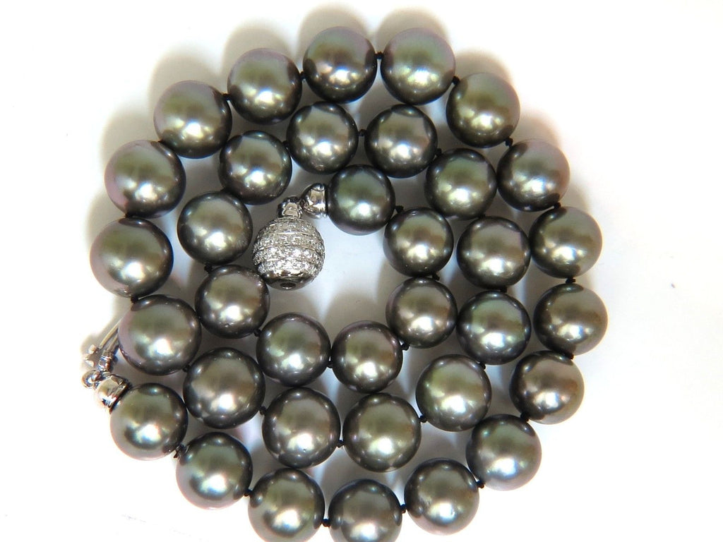 Gia Tahitian Black Lipped Oyster Gray Pearl Necklace 18kt