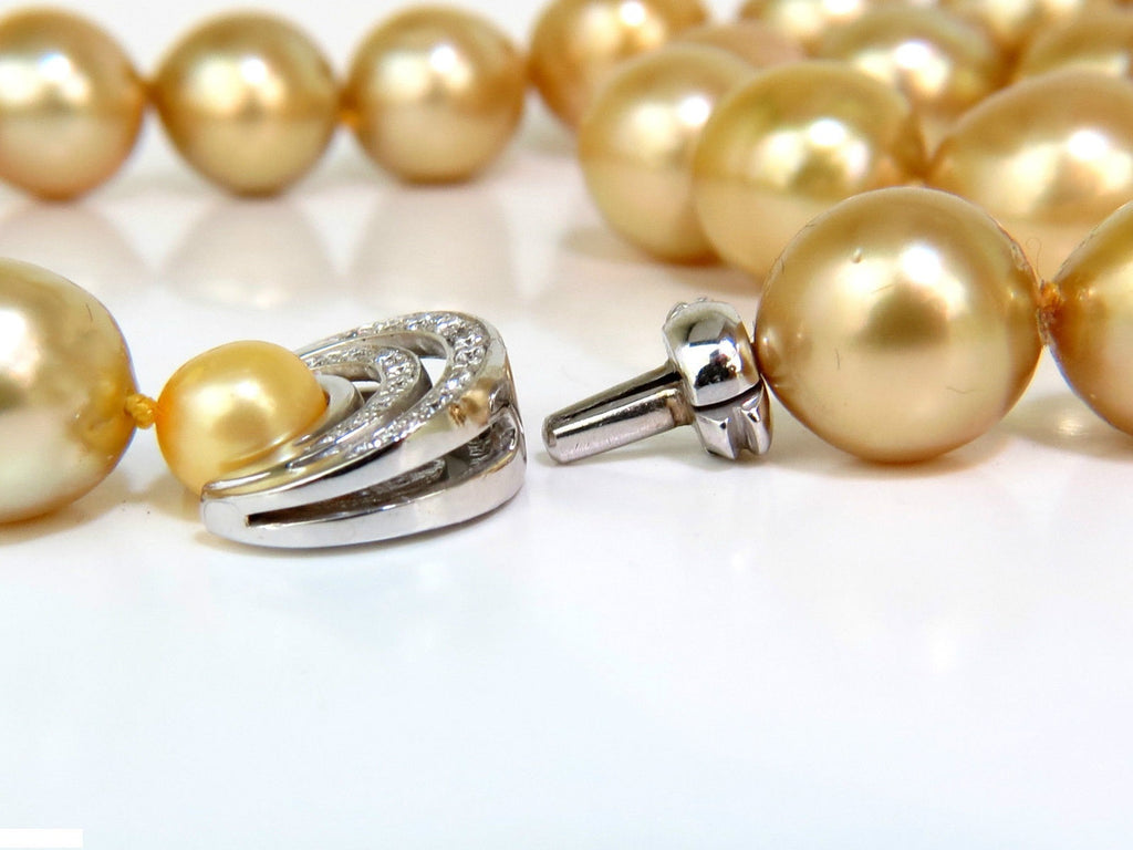 with more sea from girls pearl the of pearls golden south views yellow