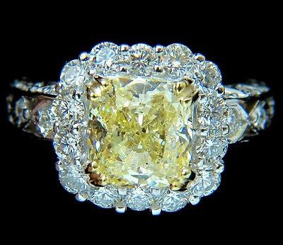 GIA 5.52CT CUSHION NATURAL FANCY YELLOW DIAMOND CLUSTER HALO RING VVS1