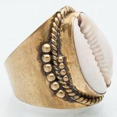 White caps ring - Celeste Twikler