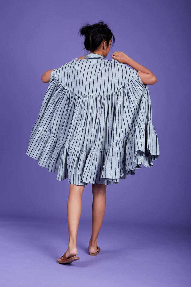 Load image into Gallery viewer, Cape Dress SS Blue