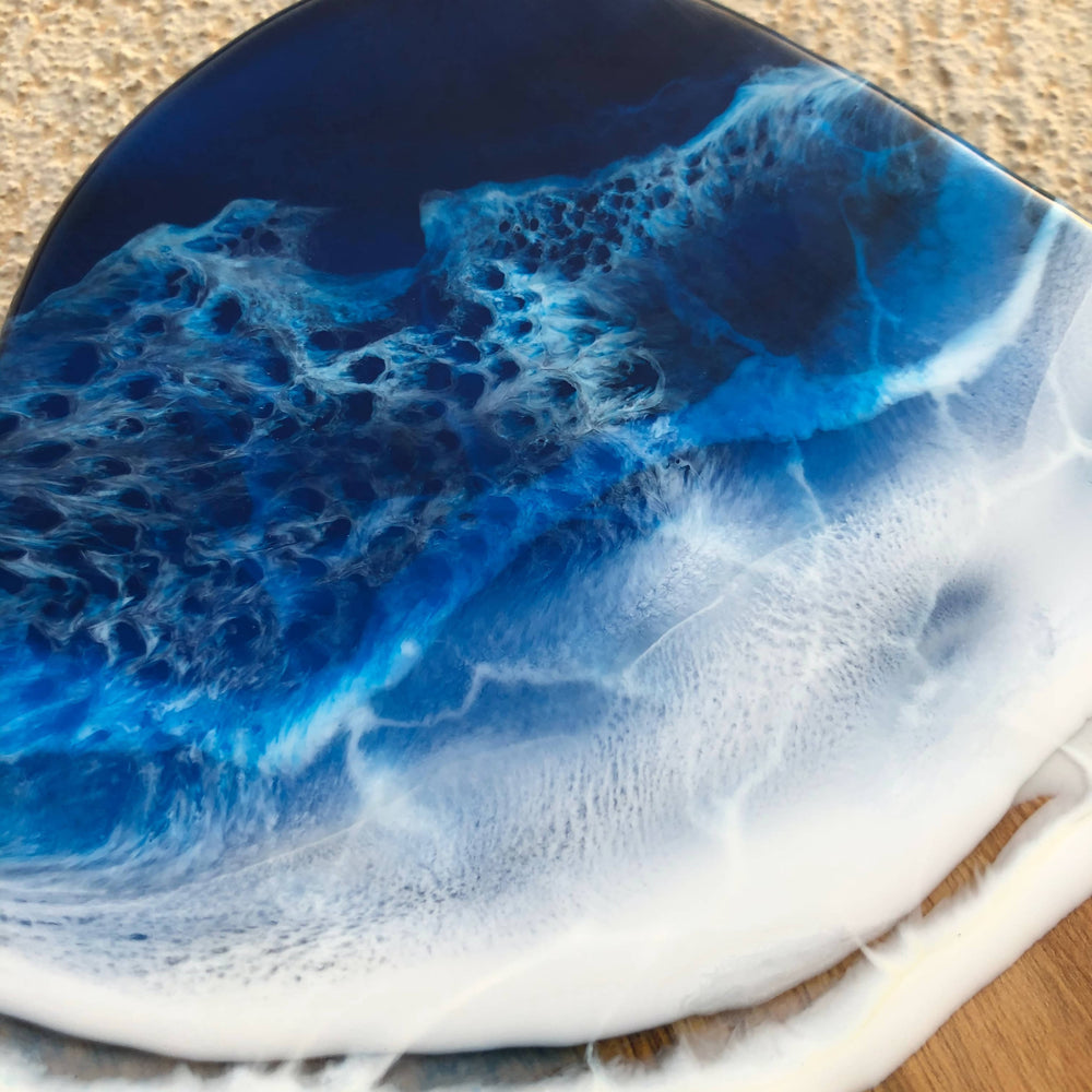 Load image into Gallery viewer, Double Wave Beach Chopping Board