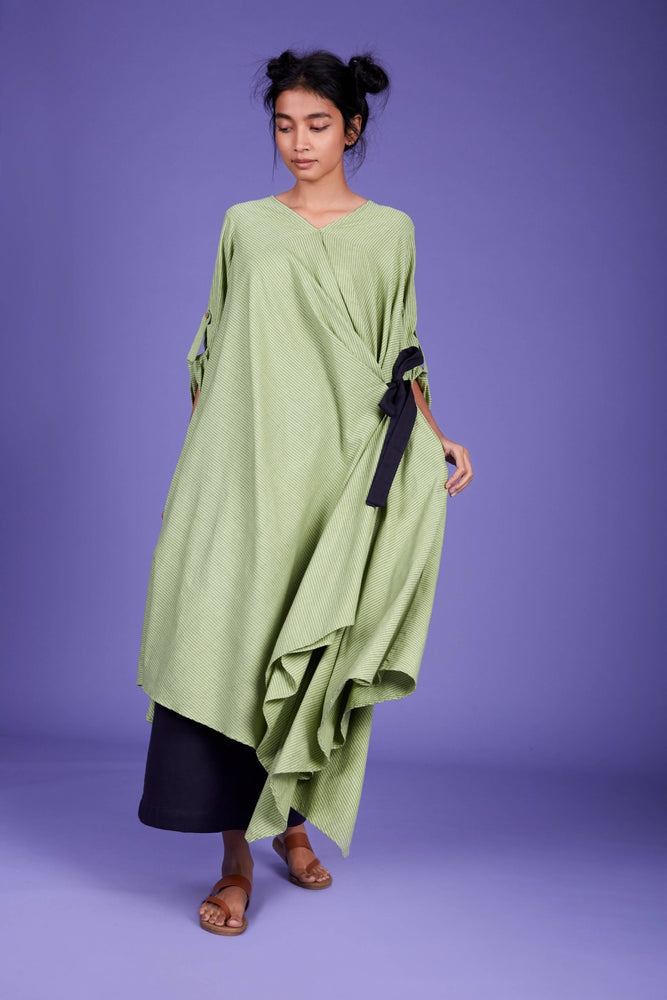Tara Aakaar Dress SS Green