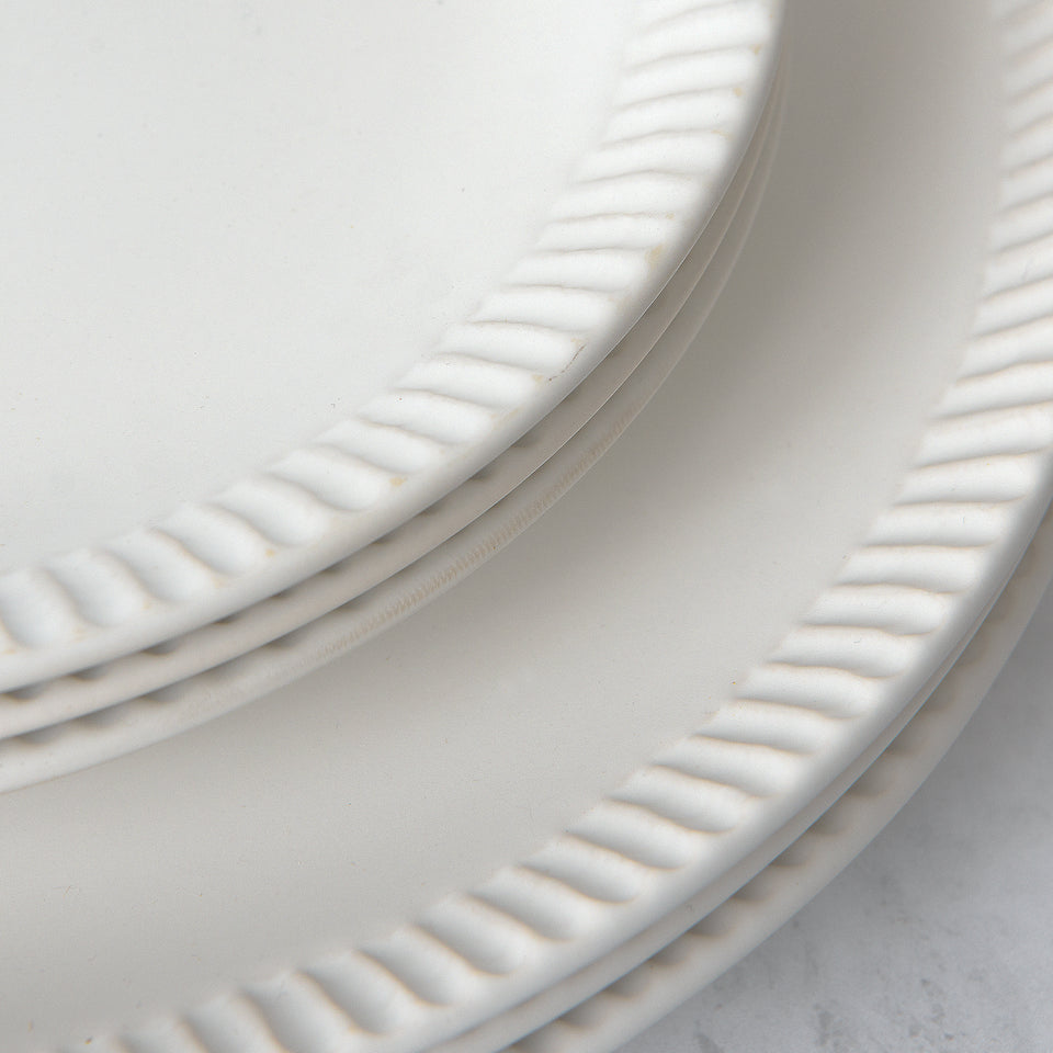 Round Stoneware Plate with Crimped Edge