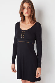 Urban Lace-Up Long-Sleeved Chemise