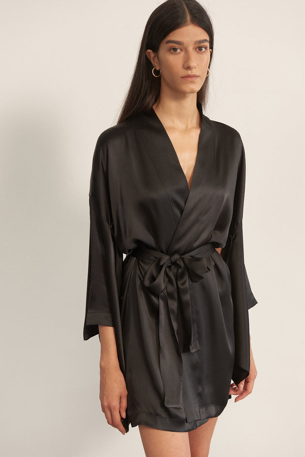 Bella Silk Midi Robe in Black