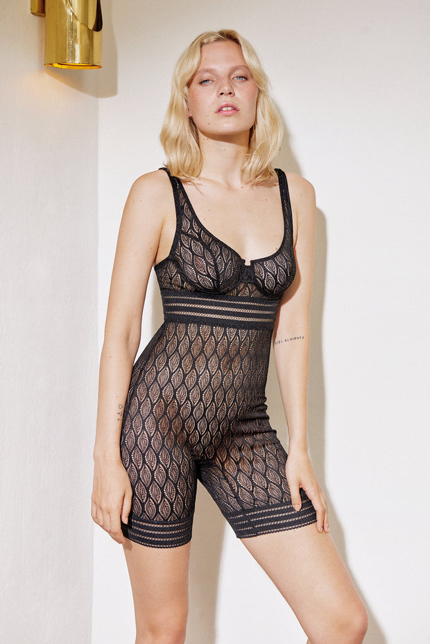 Belize Underwire Biker Short Suit
