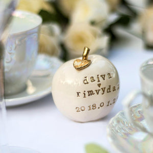 Cake Toppers With Personalizations -Cake Toppers - CozyHomeIdeas