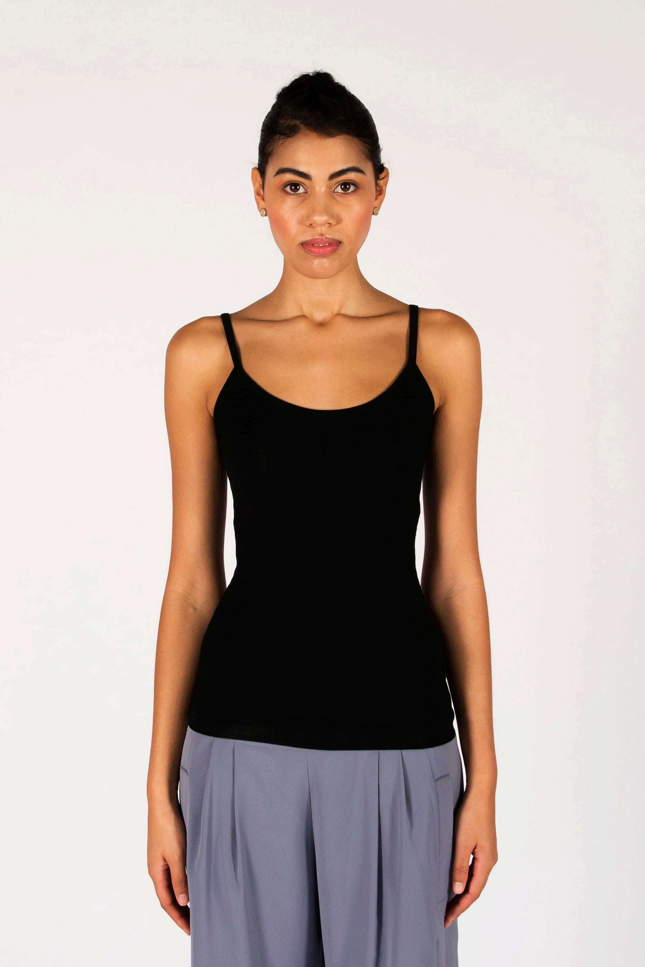 : the black LAURA singlet