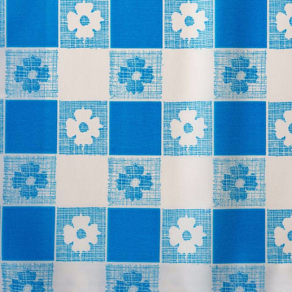 blue gingham pattern tablecloth