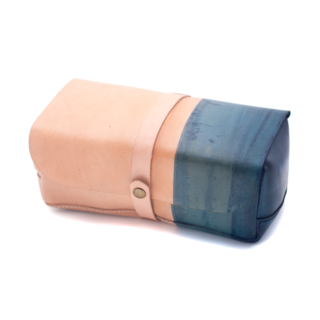 Indigo Collection | Gradient-Dyed Dopp Kit