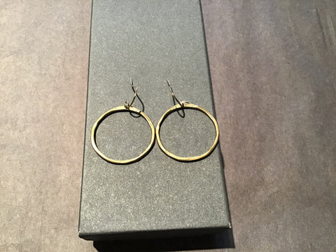 Medium O Earring Bronze