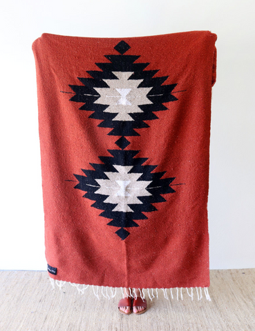 Dos Diamantes Blanket in Terra Cotta