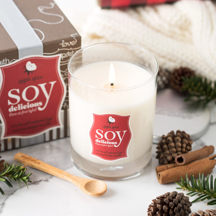 APPLE SPICE SOY DELICIOUS CANDLE
