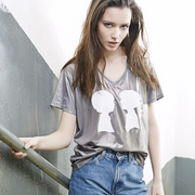 BOY MEETS GIRL® Metallic Alice V-Neck