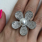 Red Carpet Pearl Flower Stretch Ring