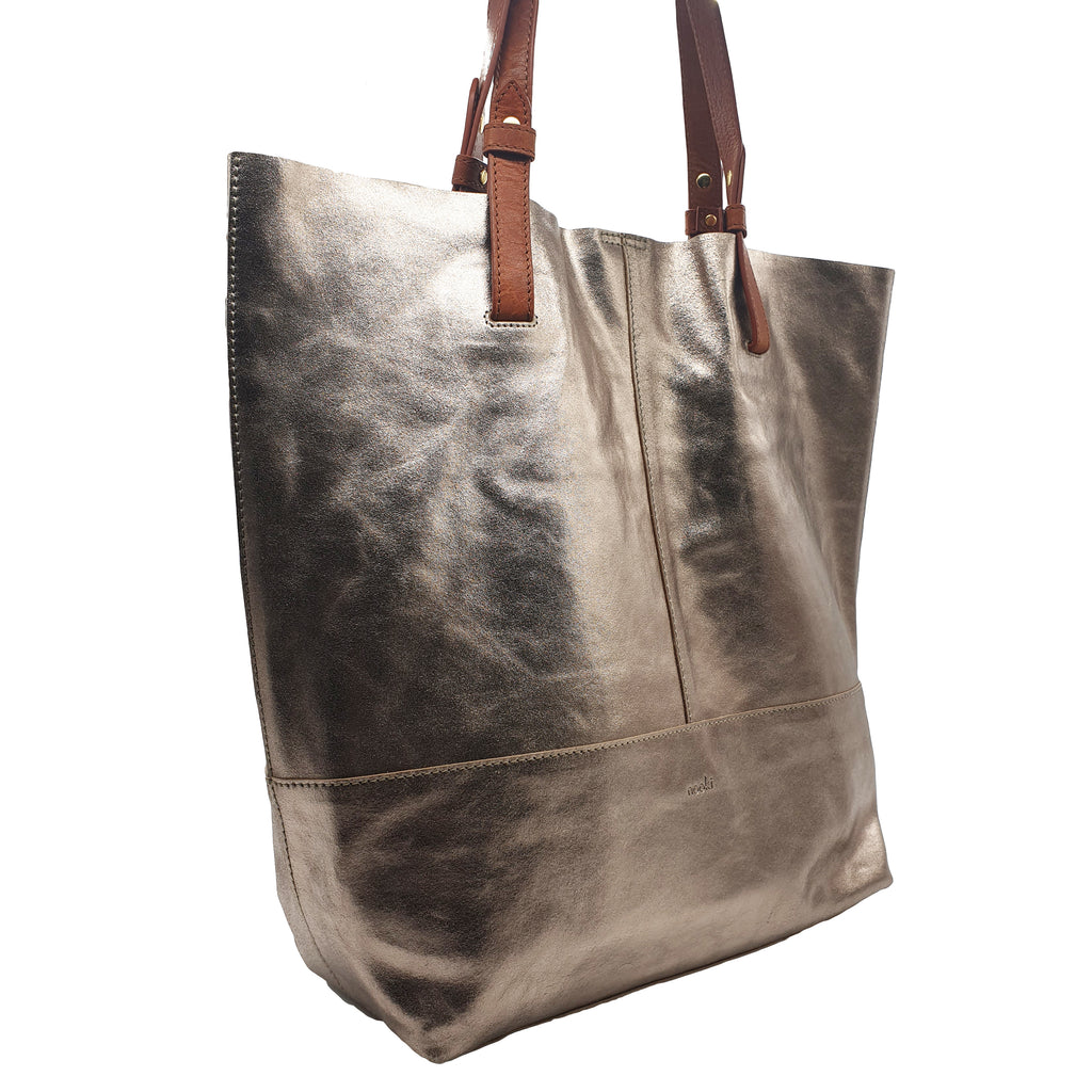 Vega Metallic Leather Shopper - Gold