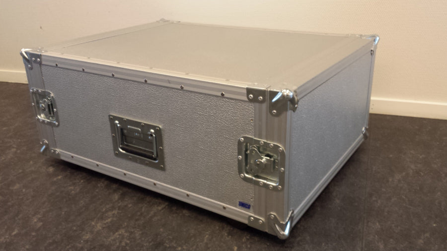 UNICA Flightcase 13