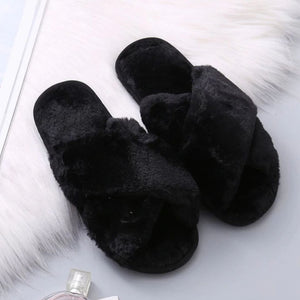 50% OFF - Comfy Walk: Women Fur Slippers (BUY 2 FREE SHIPPING)