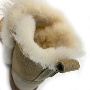 mini spilled wool boots