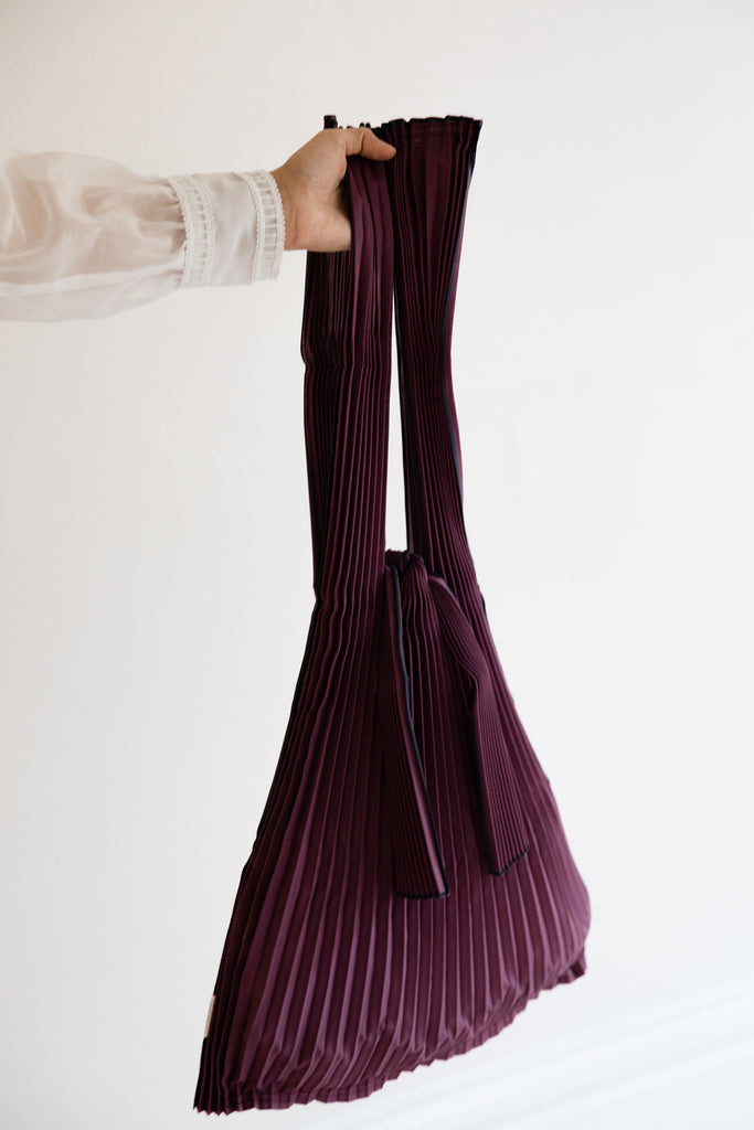 Large Pleated Pleco Tote Bag by KNA Plus Wine