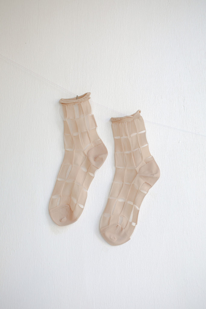 Hansel from Basel Berlin Sheer Short Crew Socks - Nude