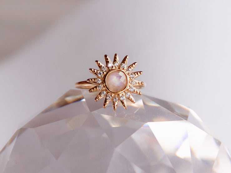 Ray Of Light Ring (MoonStone)