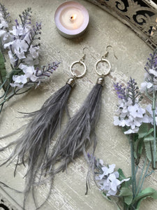 The Isla Earring - Gray