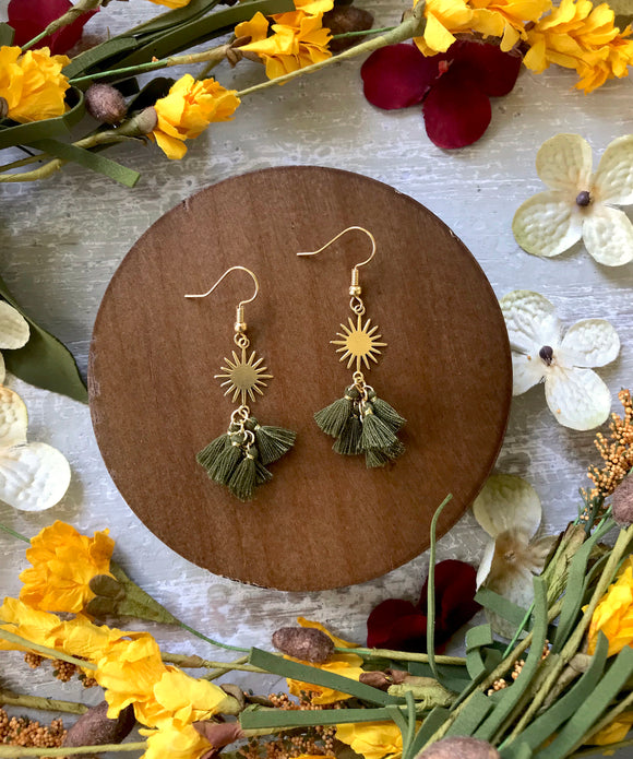 The Delilah Earring - Olive