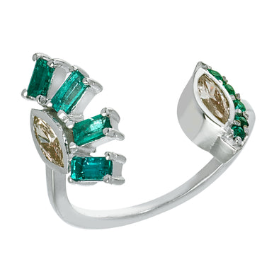 18K White Gold Open Ring with Emerald and Diamonds