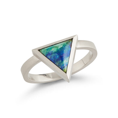 18K White Gold Triangle Ring