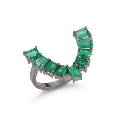 18K White Gold Ring with Emeralds Frame
