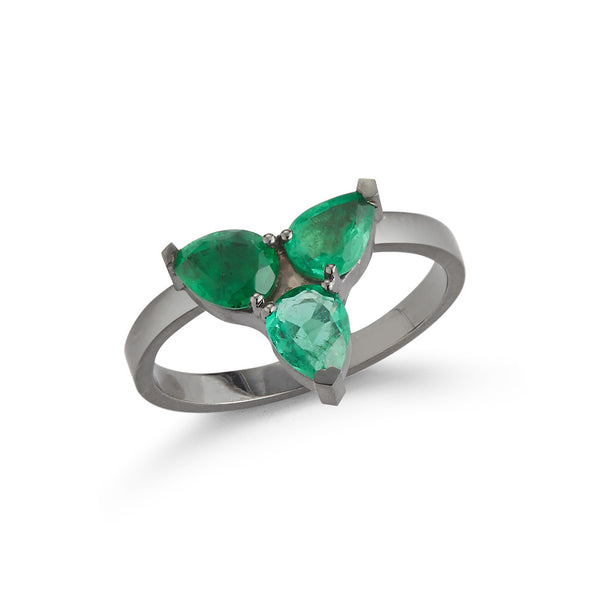 18K White Gold Ring with Drop Emeralds