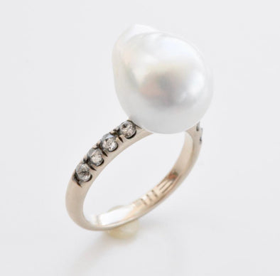 18k White Gold South Sea Pearl Thorn Ring with Diamonds