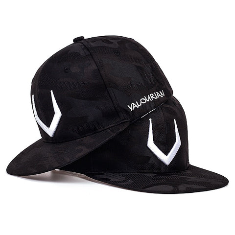 Horn Embroidery Baseball Cap Fashion Camouflage Style Snapback Hat Sports Cap Hip Hop Street Dance Cap