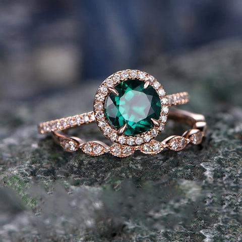 - 2 Set Green Stone Crystal Rings For Women Glamour Rose Gold