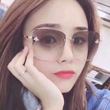 Unisex Luxury Square Bee Retro Sunglasses Brand Designer Metal Frame Oversized
