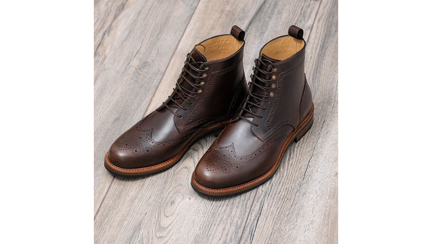beckett simonon shoes get attention
