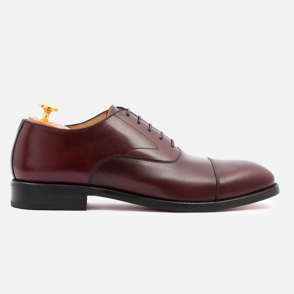 types of shoes oxfords cap-toe