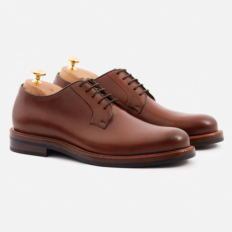 seconds-sutton-derby-calfskin-leather-oak