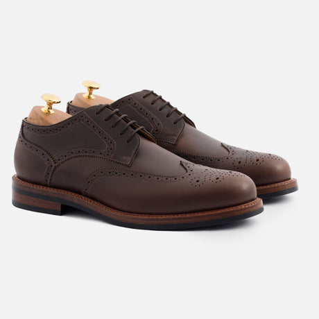 kent-wingtips-pull-up