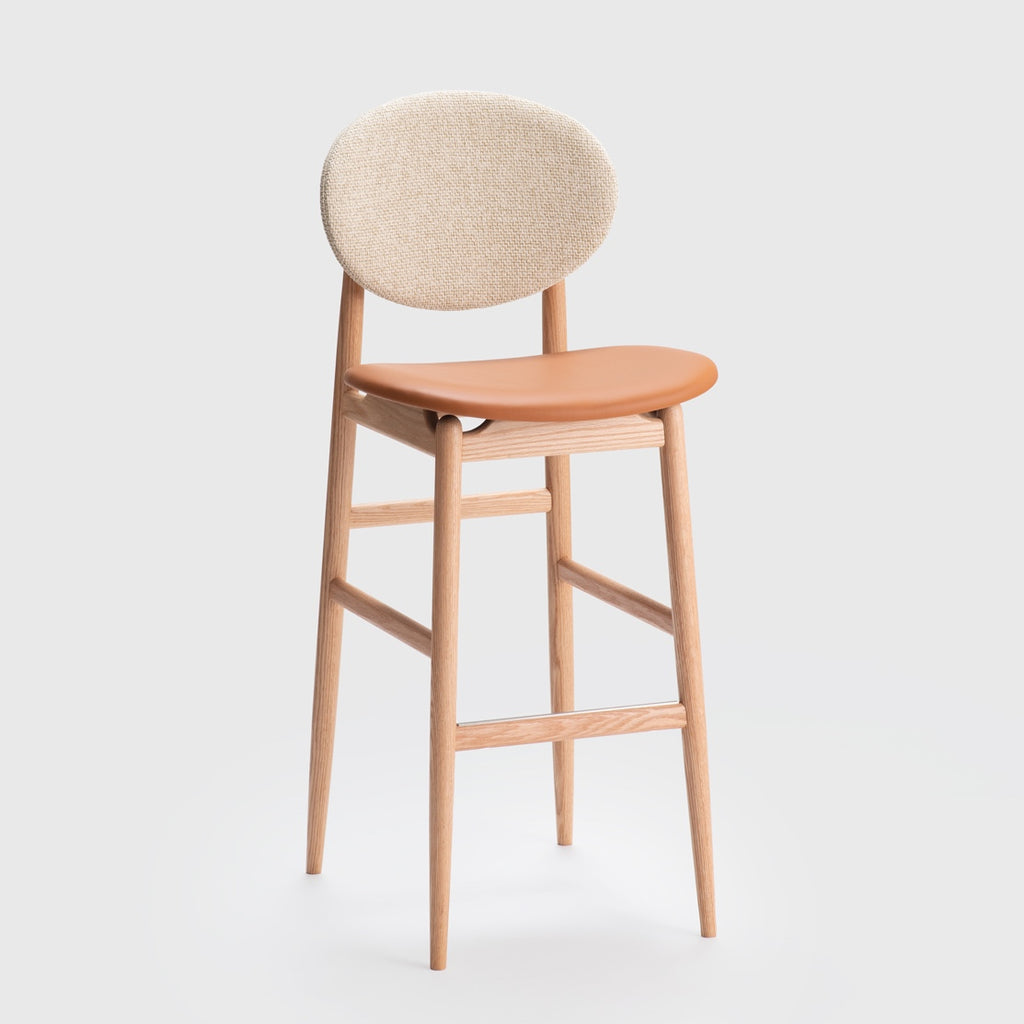 Outline Barstool / Oak - Leather - Fabric