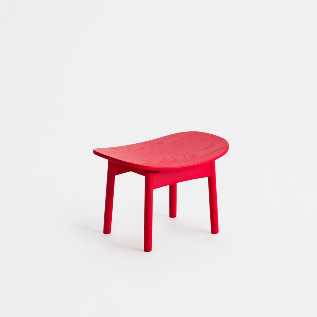 Saga foot stool / Red Ash
