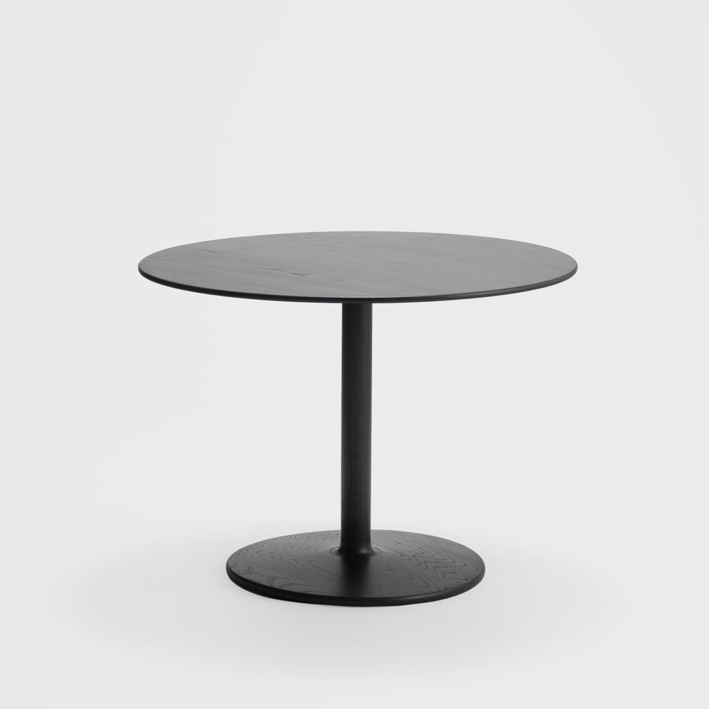 Taio Dining Table / Sumi Ash