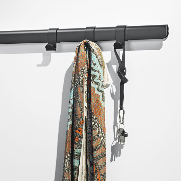 Hug Coat Rack L900