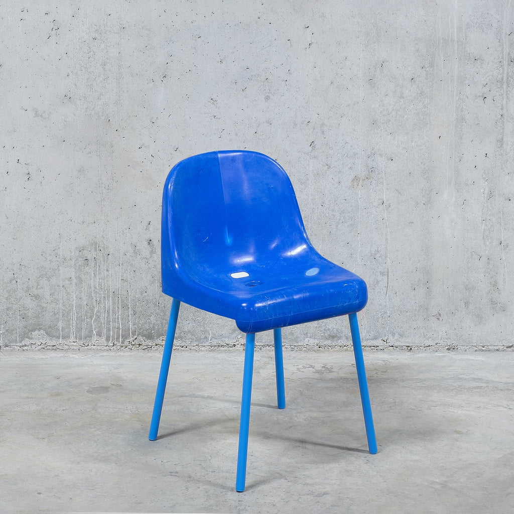 The Fan Chair / Total blue