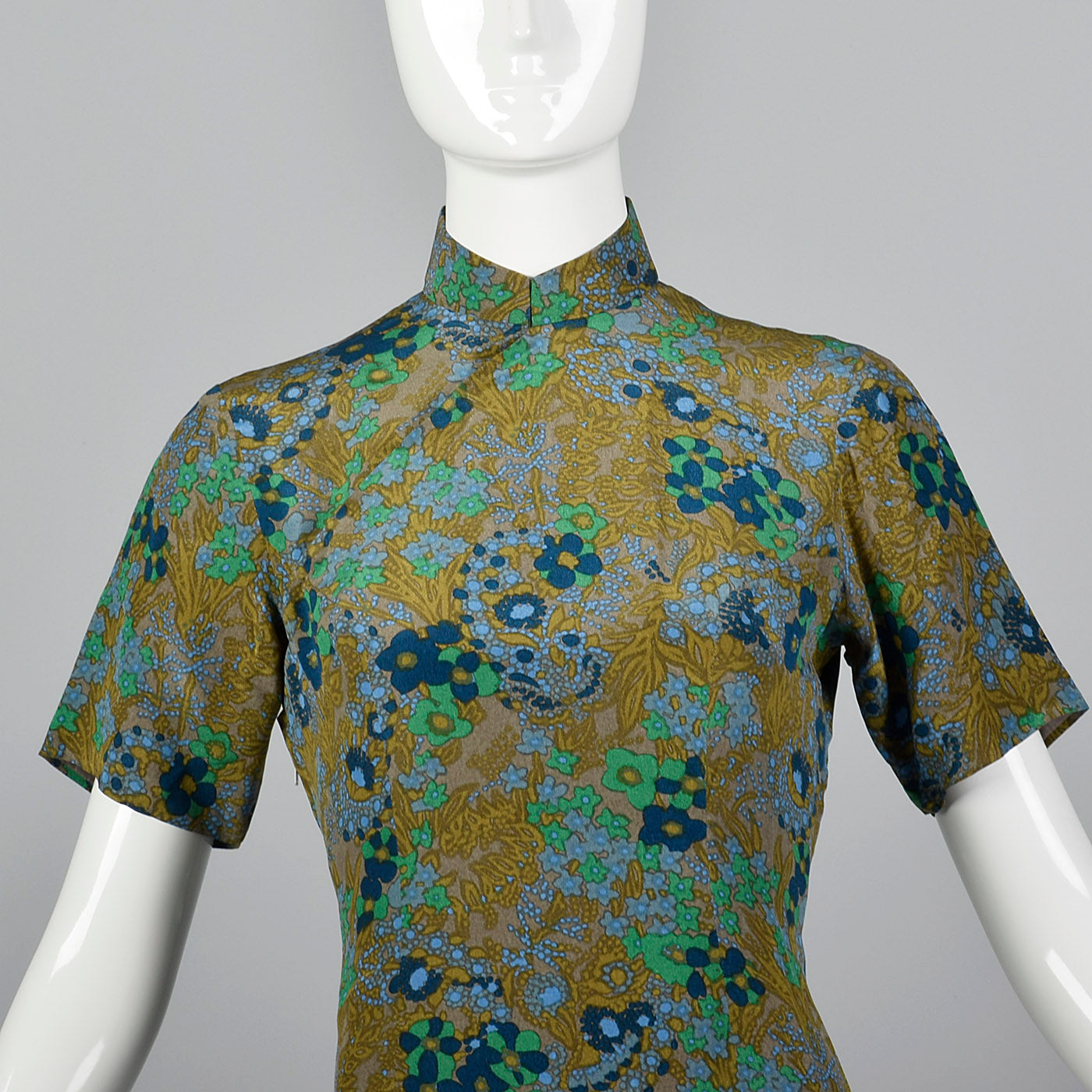 1960s Green and Blue Floral Dress with Mandarin Collar