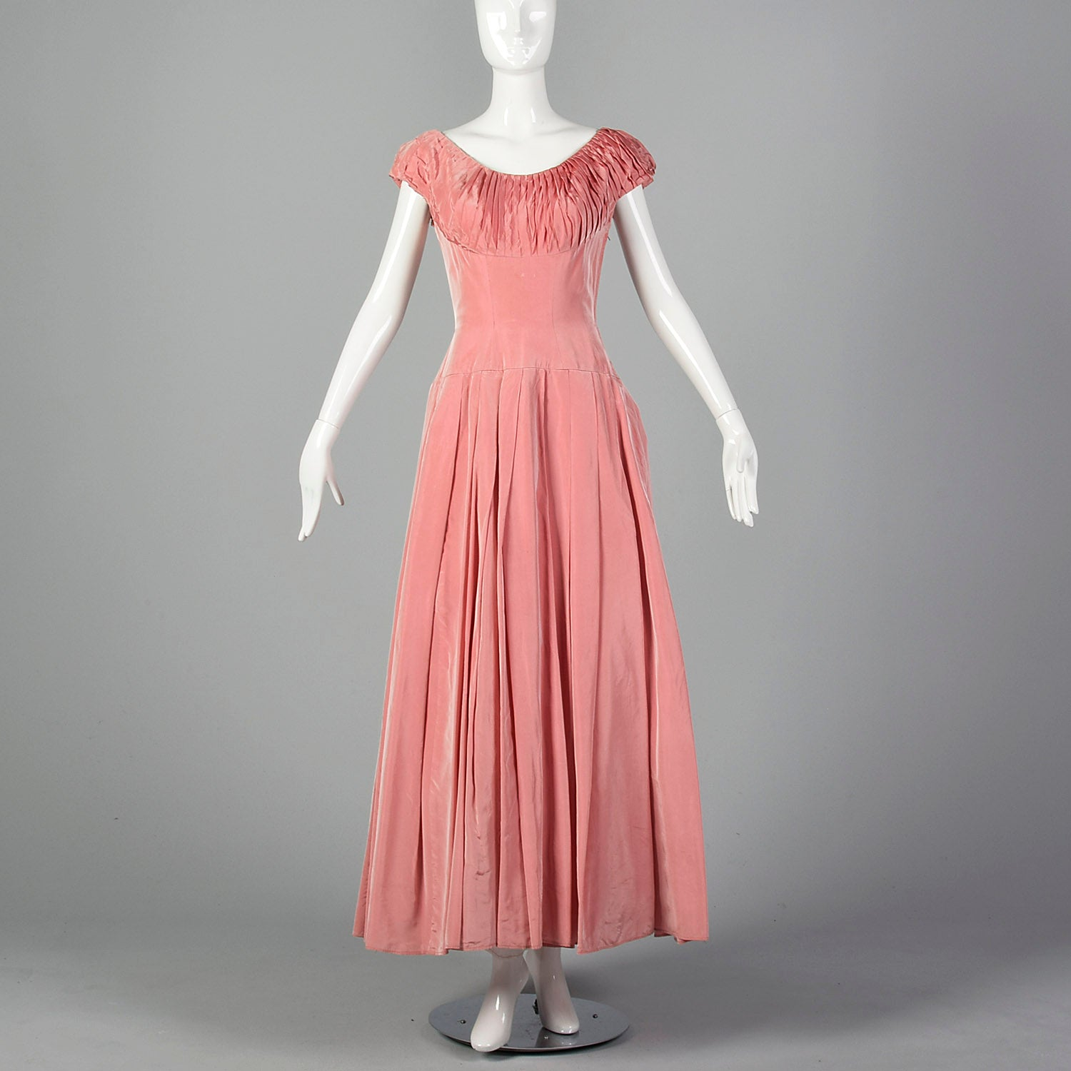 1940s Pink Taffeta Pleated Dress
