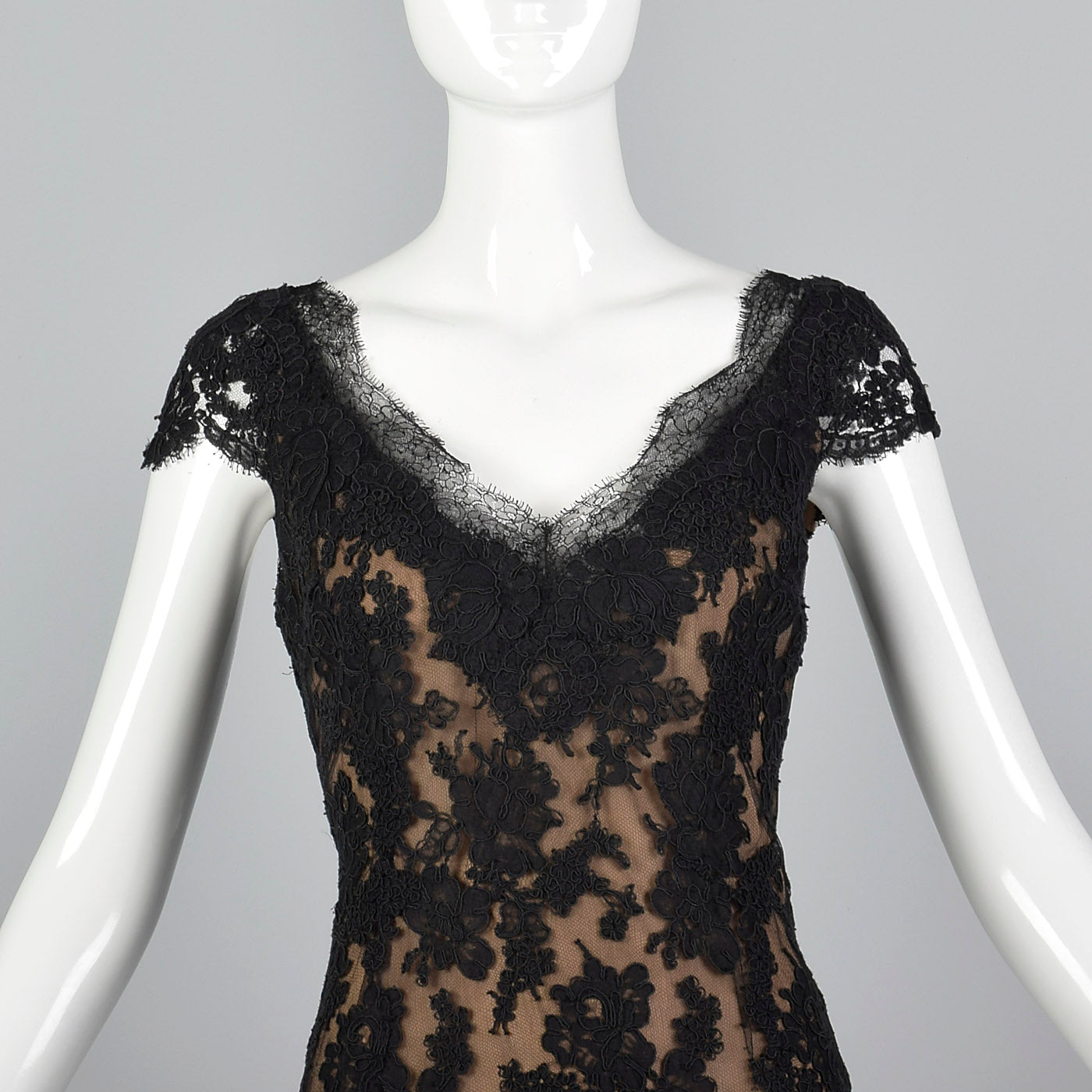 1990s Classic Oscar De La Renta Black Lace Dress