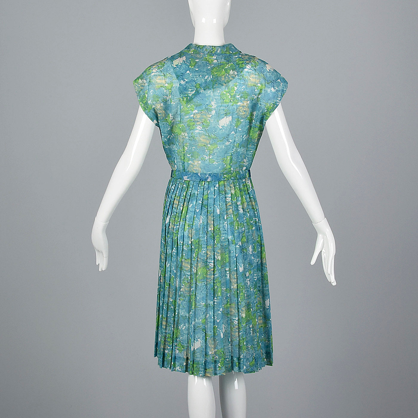 1950s Blue Floral Print Dress with Pleated Skirt